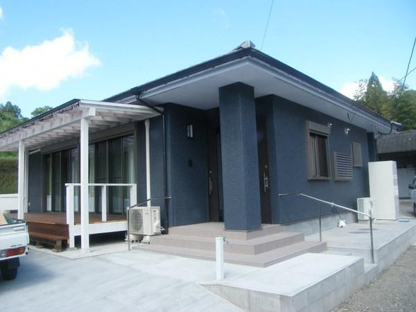 新築一戸建て (有)アキ建設  井俣の家  完成  公開 しました。サムネイル