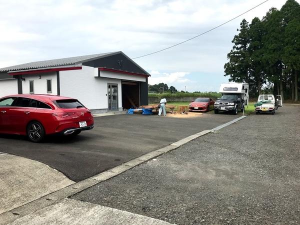 末吉のガレージ新設   (有)アキ建設サムネイル